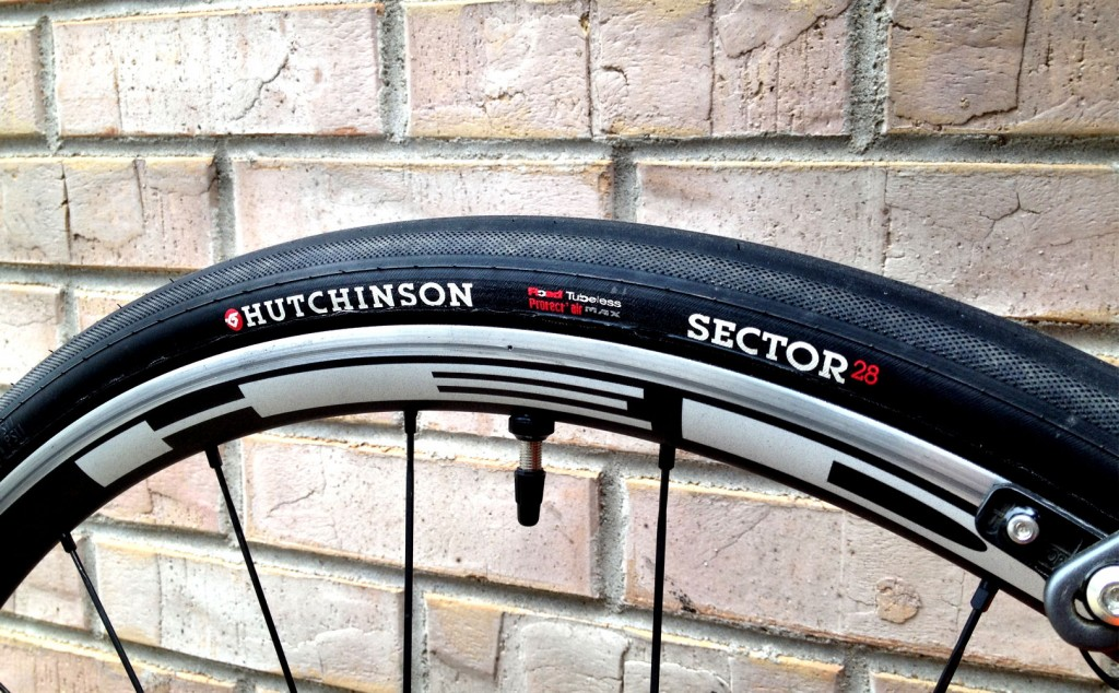 Sector 28 (tubeless)