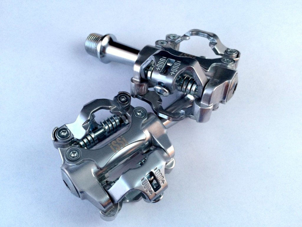 iSSi II clipless pedals Shimano SPD GRAVELBIKE.com gravel grinder